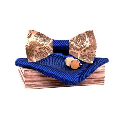 Drevené manžetové gombíky s motýlikom Miláno