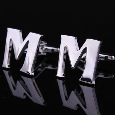 Manžetové gombíky písmeno M